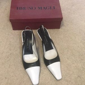 Bruno Magli Black n white sandals